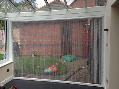 Chain fly screens aluminium chain insect screens for Fly curtains for french doors